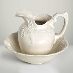 PORCELAIN PITCHER WITH WASHBIN